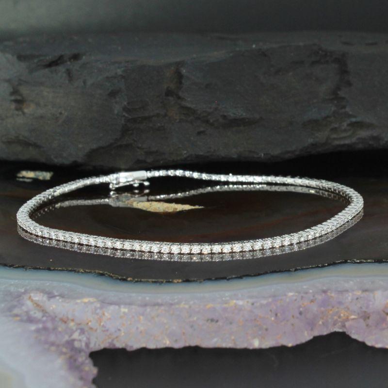 Wert 3790 € Brillant Tennis Armband (1,02 carat) in 750er 18 K Weißgold Länge 18 cm - H625